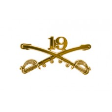 Style: 1055 19th Cavalry Sabers Hat Pin